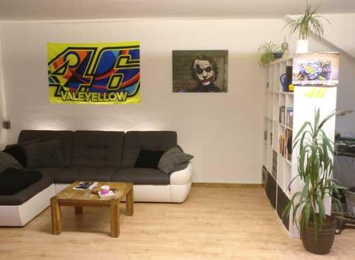 Schöne helle 2 Zimmer, Küche, Diele, Bad großes Wohnzimmer in Küppersteg