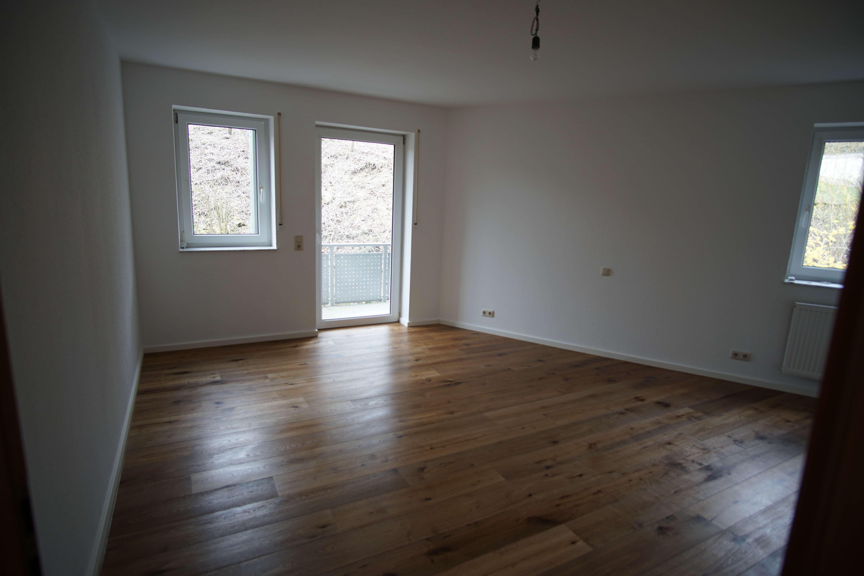 Erstbezug nach Sanierung: attraktive 2-Zimmer-Wohnung mit Balkon in Würzburg in