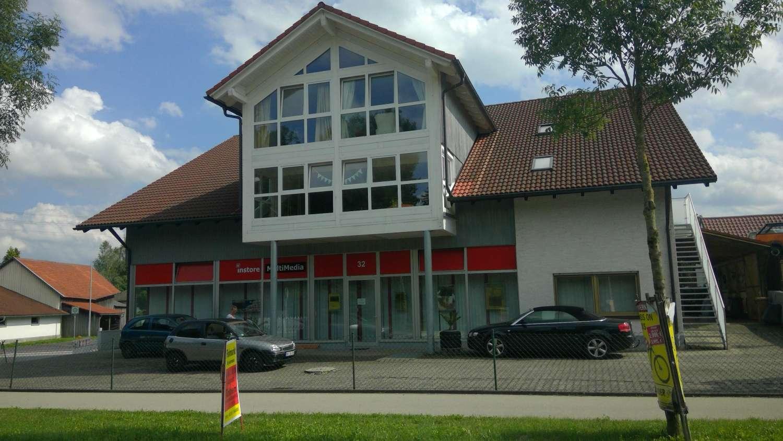 Moderne,sehr geräumige fünf Zimmer Wohnung in Unterallgäu (Kreis), Ettringen in