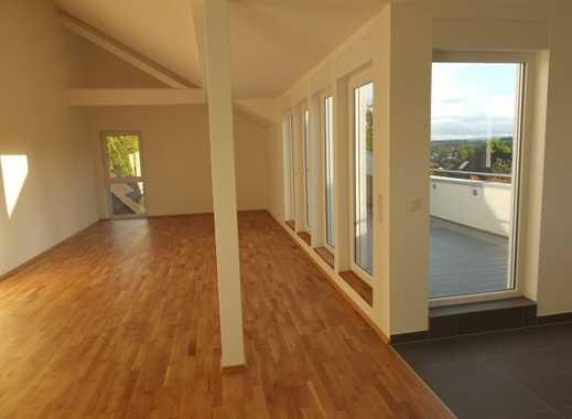 Moderne, exklusive DG-Wohnung in traumhaft ruhiger Lage mit tollem Fernblick!