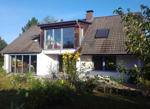 Schönes Haus mit großem Garten voll möbliert