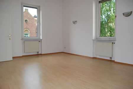 Gemütliche 2-Zimmerwohnung in zentraler Lage mit Einbauküche und Lift in Bad Kissingen
