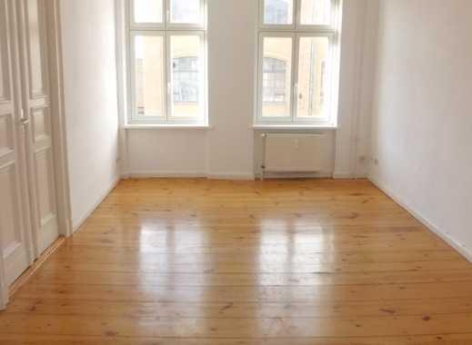 3 Zimmer Altbauwohnung / WBS erforderlich!