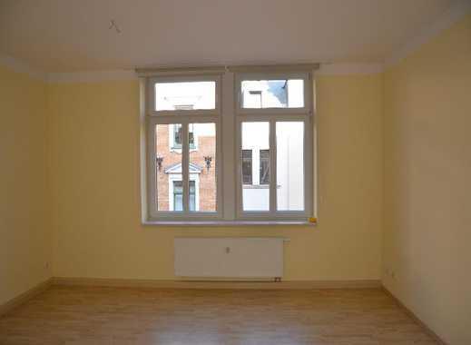 Wunderschöne 4-Raum-Wohnung mit Balkon in Greiz direkt im Stadtzentrum