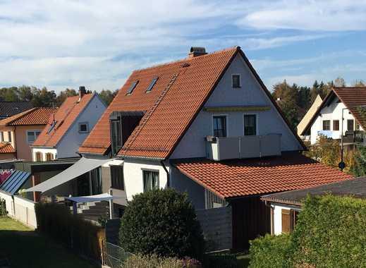 ENGEL & VÖLKERS: Modernisiertes Zweifamilienhaus in Top-Lage in Dachau-Süd!