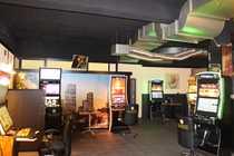 Spielhalle und Gaststätte in hervorragender