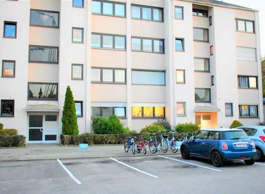 NEUSÄß: Helle und gut geschnitte 3 ZKB mit Balkon und Stellplatz