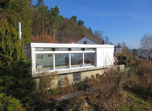Herrlich gelegener Einfamilienhaus-Bungalow in MR-Wehrda!