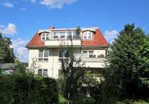 Bild *** SITU Estate *** Neuer KP - vermietete 2-Zi.-Dachgeschosswohnung mit zwei Balkonen
