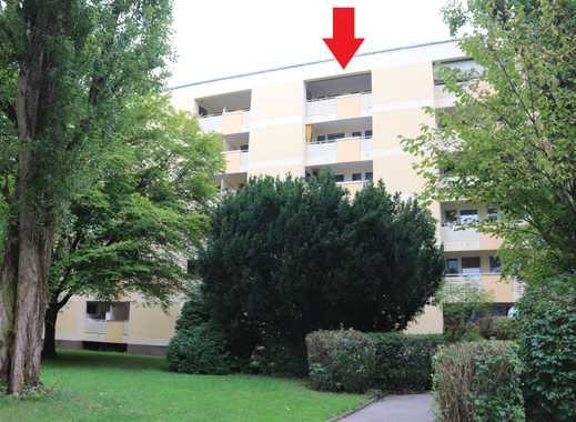 Helle, ruhige 2-Zimmer-Wohnung mit Loggia, Schrankzimmer und EBK in Fürstenried, München