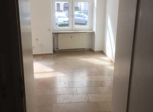 Schöne zweieinhalb Zimmer Wohnung in Bonn, Kessenich