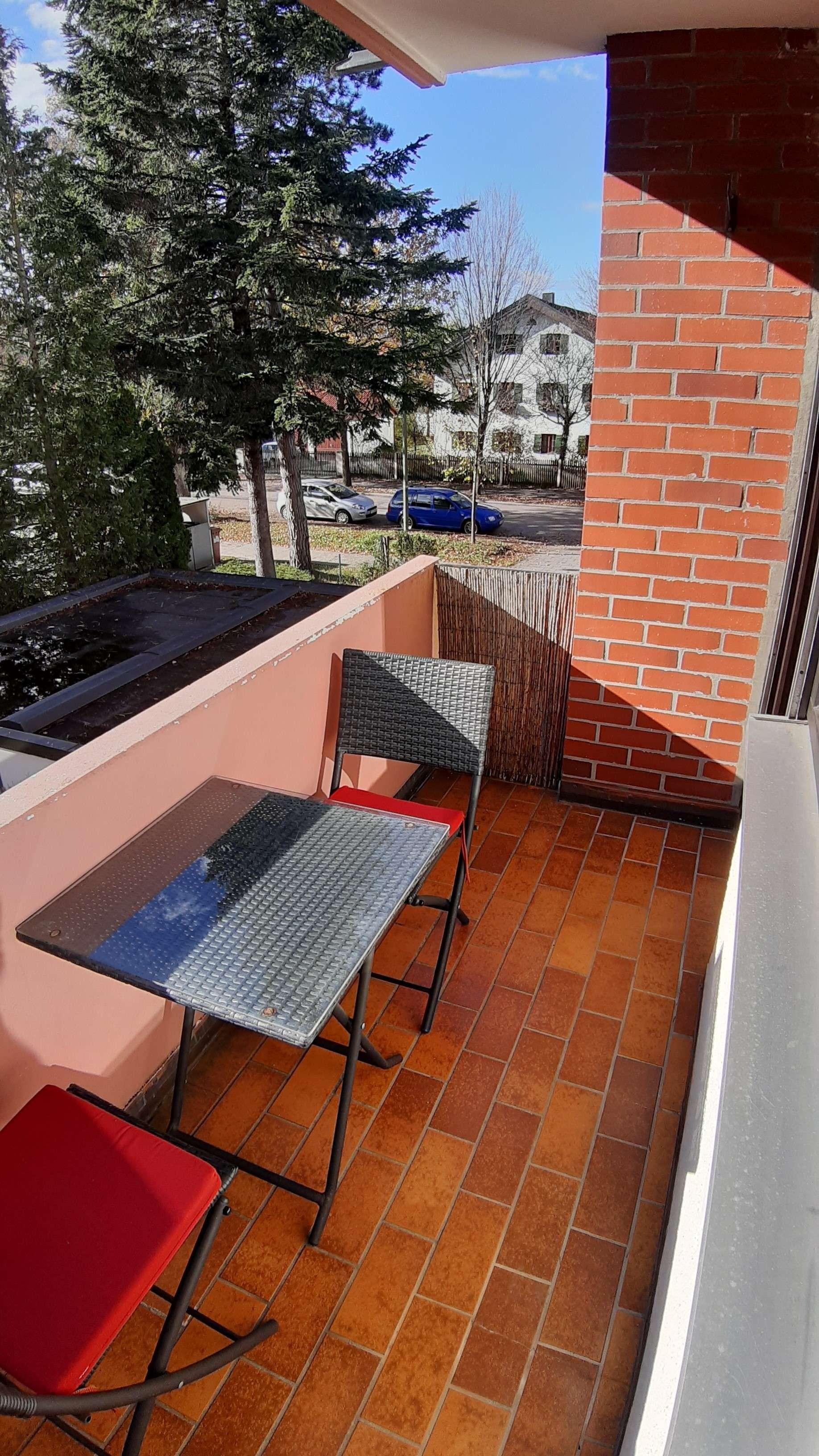 Ruhige 3-Zimmer-Wohnung mit Süd-Balkon in Forstenried (München)