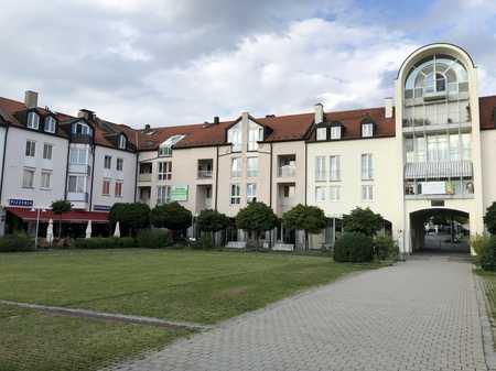 Provisionsfrei - 3 Zimmer Wohnung mit Parkett und Einbauküche von Privat in Ottobrunn