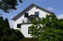 Gepflegte 4-Raum-Maisonette-Wohnung mit Balkon in