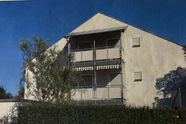 Gepflegte 4-Zimmer-Maisonette-Wohnung mit 2 Balkonen  in Winhöring Ortszentrum in Winhöring