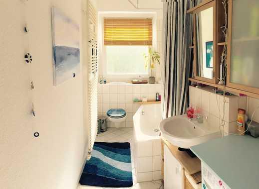 Möblierte 2-Raum-Wohnung mit Balkon