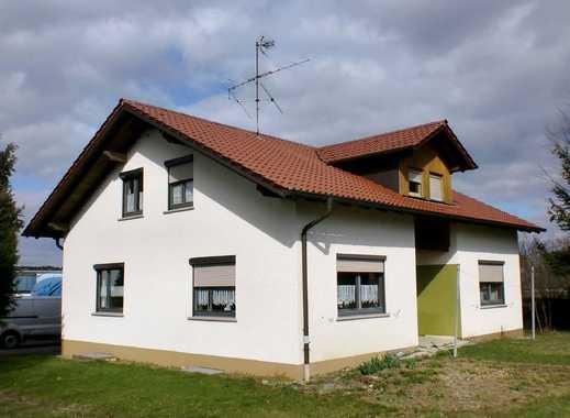 Schönes, gepflegtes Einfamilienhaus mit Einliegerwohnung in Moosbeuren