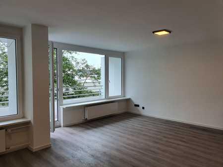 Renovierte Zweizimmer-Wohnung zum Erstbezug in Erlangen in Büchenbach