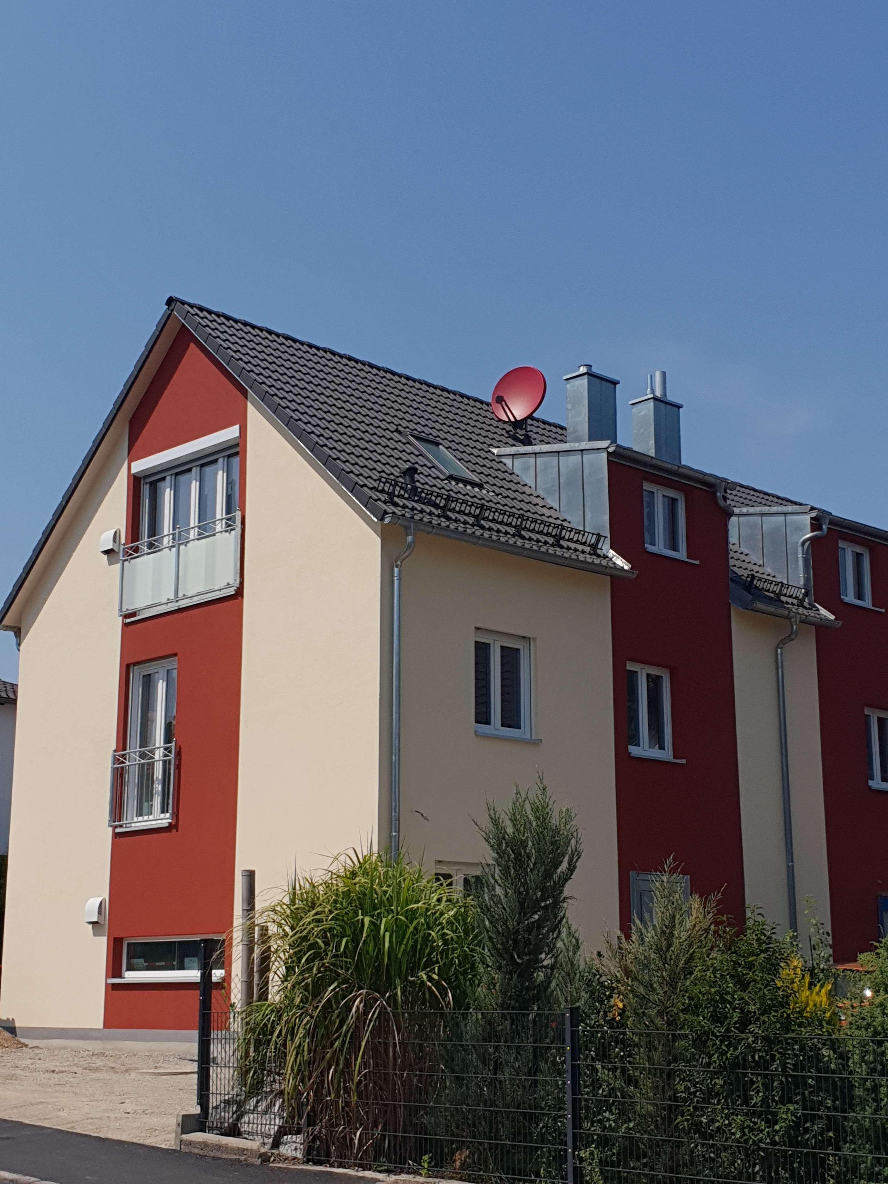 Schöne zwei 2,5  Zimmer Maisonette Wohnung mit EBK in Fürstenfeldbruck