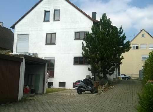 Schönes, geräumiges Haus mit fünf Zimmern in Stuttgart, Mühlhausen