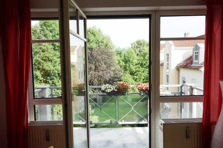 Großzügige 3 Zimmer mit 2 Südbalkonen und Gäste-WC in Happing (Rosenheim)