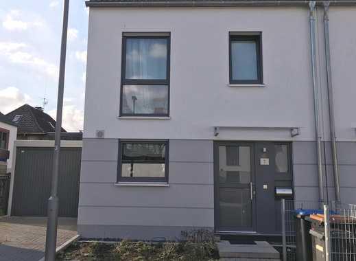"""""""ZWEIT""""-BEZUG: Neuwertige Doppelhaus-Hälfte in Velbert zu vermieten"""