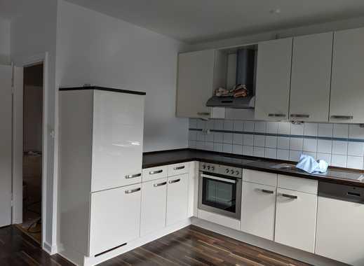 Vollständig renovierte 3-Zimmer-Wohnung mit großem Balkon und EBK in Düsseldorf