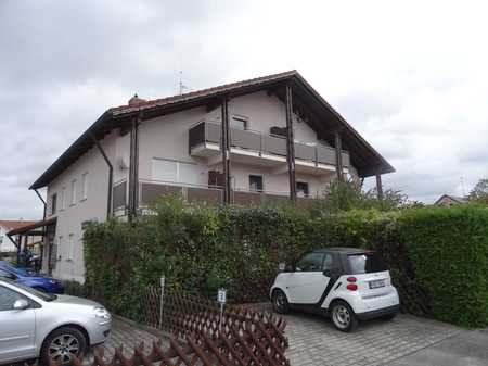 Gepflegte 1-Zimmer-Dachgeschosswohnung mit Balkon und EBK in Egglfing am Inn, Vorort von Bad Füssing in Bad Füssing