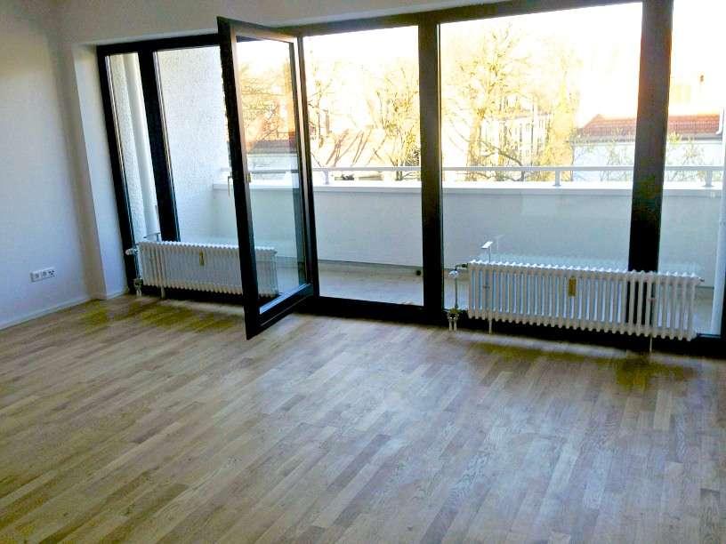 Schöne, geräumige zwei Zimmer Wohnung in München OHNE Maklergebühr