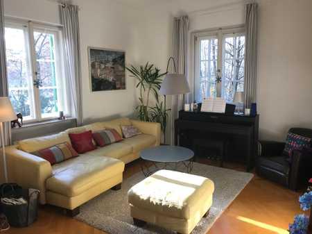 Stilvolle 4-Zimmer-Garten-Wohnung mit Balkon und EBK in Bogenhausen, München in Bogenhausen (München)
