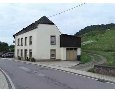 Haus im Doppelpack  - Alt und Neu - 2 Einfamilienhäuser, zentral gelegen in Ayl-Biebelhausen in Ayl