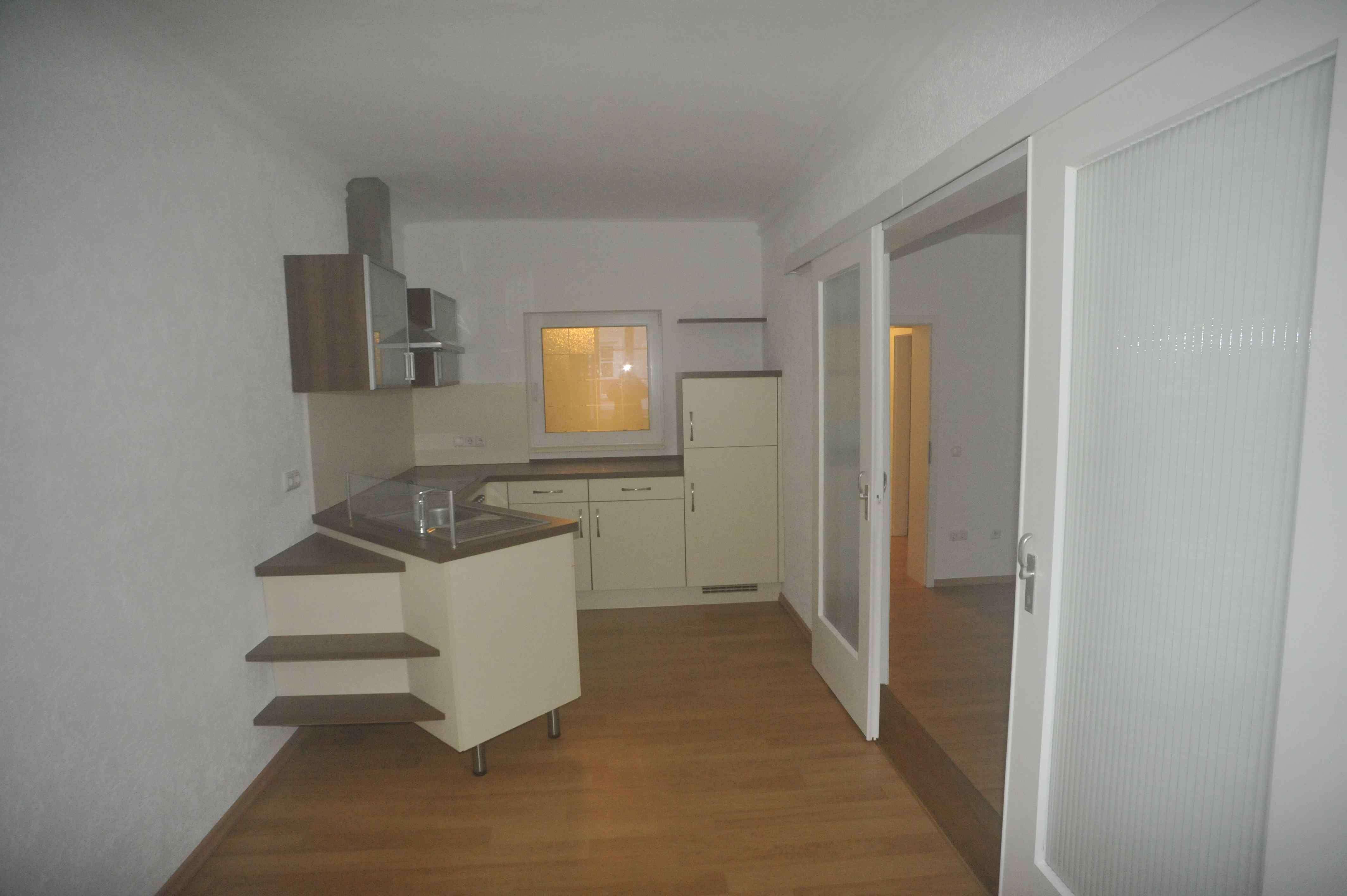 Stilvolle 2-Zimmer-Wohnung mit Balkon und EBK in Landshut in Altstadt (Landshut)
