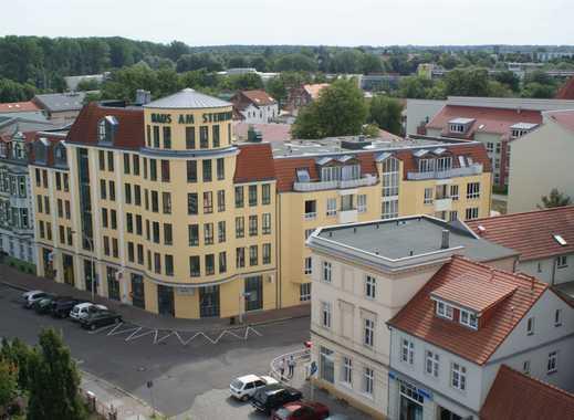 Provisionsfrei für SIE: 2-Zimmer-Wohnung im 1.OG, Fußbodenheizung, Aufzug