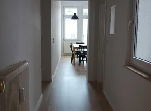 4er WG gesucht -Voll möblierte, sehr helle und gut geschnittene 4.Zimmerwohnung mit Terrasse+2 Bäder