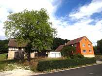 Einfam -Haus mit Scheune Garagen