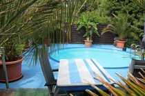 Schickes 3-Familienhaus mit Pool und