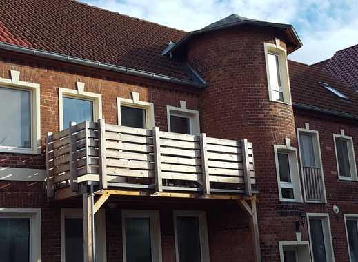 3 Zimmer Wohnung ca.98 qm + Balkon + Carport