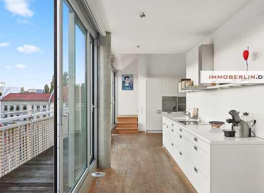 IMMOBERLIN: Geniale Architektur in Toplage! Brillante Galeriewohnung mit Südwestterrasse