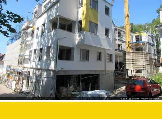 Wohnen in attraktiver, zentraler Hanglage. Großzügige 2-Zimmer-Wohnung, 1. OG, Freiburg-Herdern