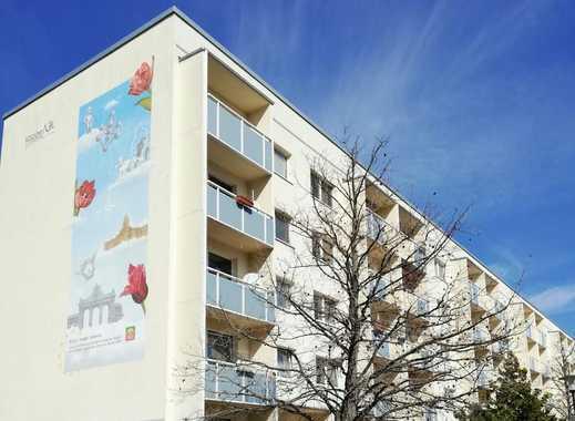 Kautionsfrei - Renovierte 3 Zimmer Wohnung mit Balkon - 4902 WE 17