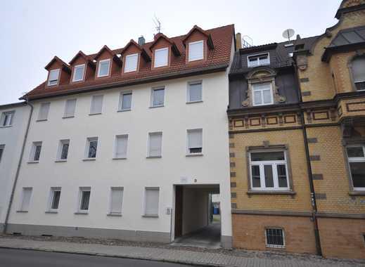 Schöne renovierte 2-Zimmer Wohnung in zentraler Lage