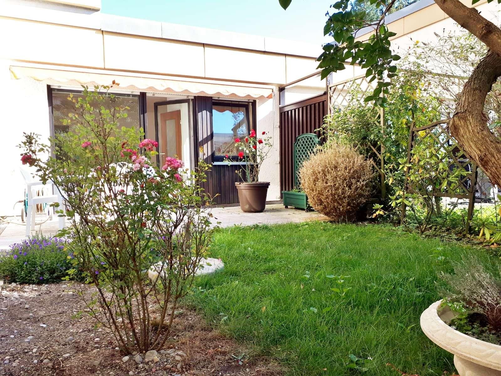 Wohnidylle mit Garten für 1 Person - nahe BMW / Schwabing - Nord in Milbertshofen (München)