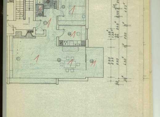 Exklusive, gepflegte 3,5-Zimmer-EG Wohnung mit Terasse ,Balkon , Einbauküche & Garten in Düsseldorf