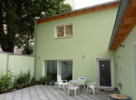 freistehende Remise mit Garten im Herzen Rixdorfs