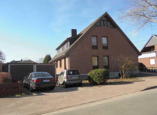 Freistehendes 2-Familienhaus in ruhiger Lage mit Terrasse, Balkon, Südwest-Garten und 2 Garagen