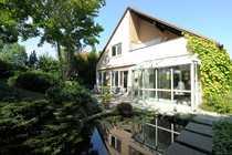 Bild Großzügiges, exklusives Architekten-Haus in unverbauter Lage