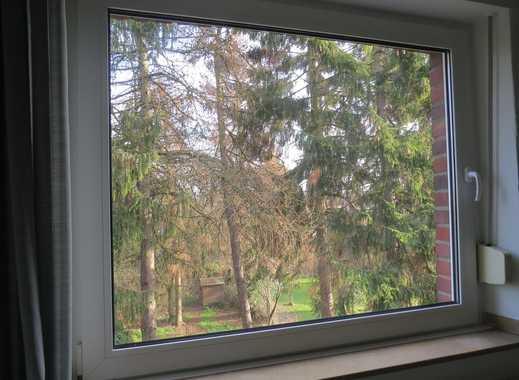 freundliches 17qm Zimmer mit schönem Ausblick ins Grüne in netter 2er WG ab sofort frei