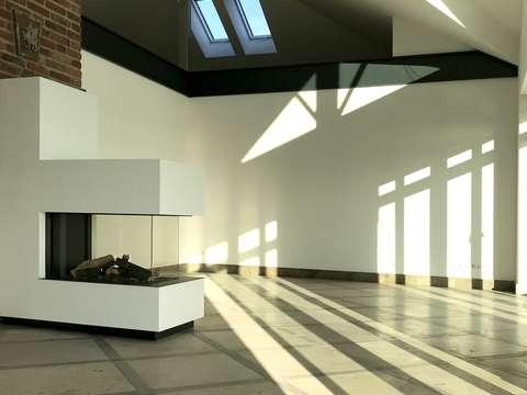 Exklusive penthouse wohnung in einem detailverliebten neubau