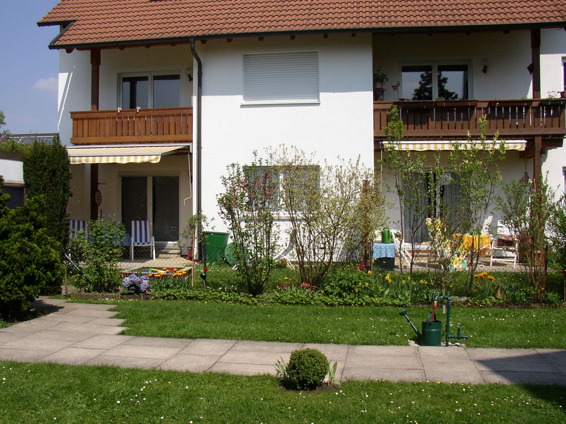 Schöne 2,5-Zimmer-Dachgeschosswohnung mit Einbau-Wohnküche in Obergiesing, München in Obergiesing (München)