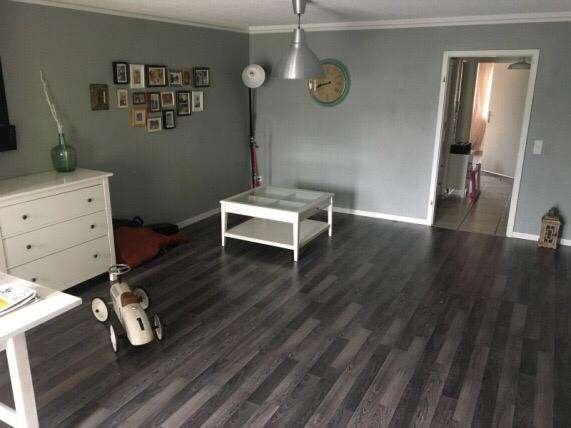 Gepflegte, Warme 3-Zimmer-Maisonette-Wohnung mit Balkon und Einbauküche & Klimaanlage in Großostheim in Großostheim
